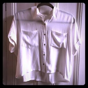 Cropped woven button up top